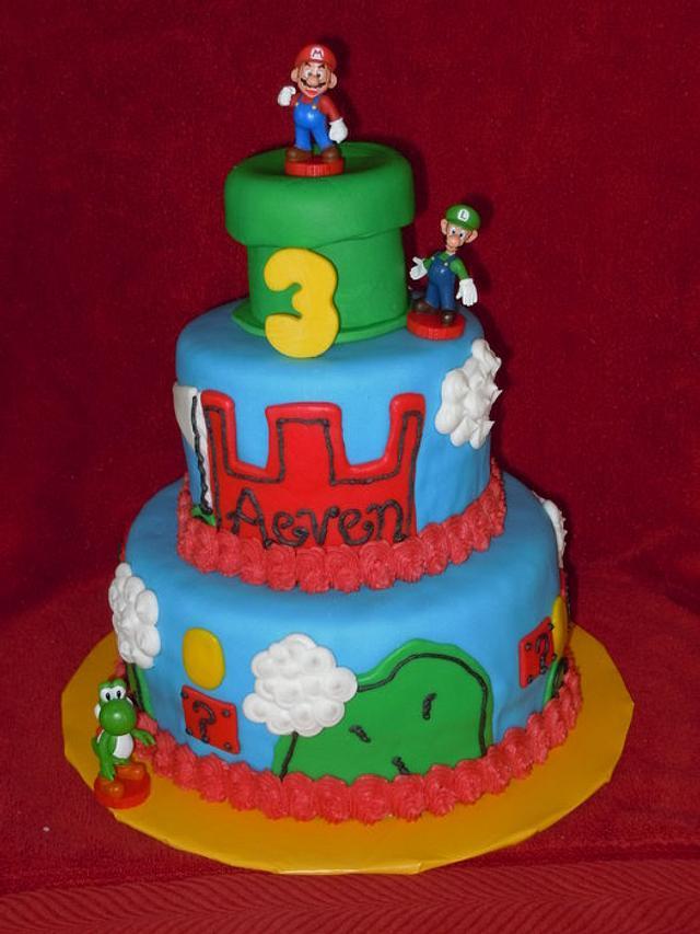 Mario, Luigi and Yoshi Cake!