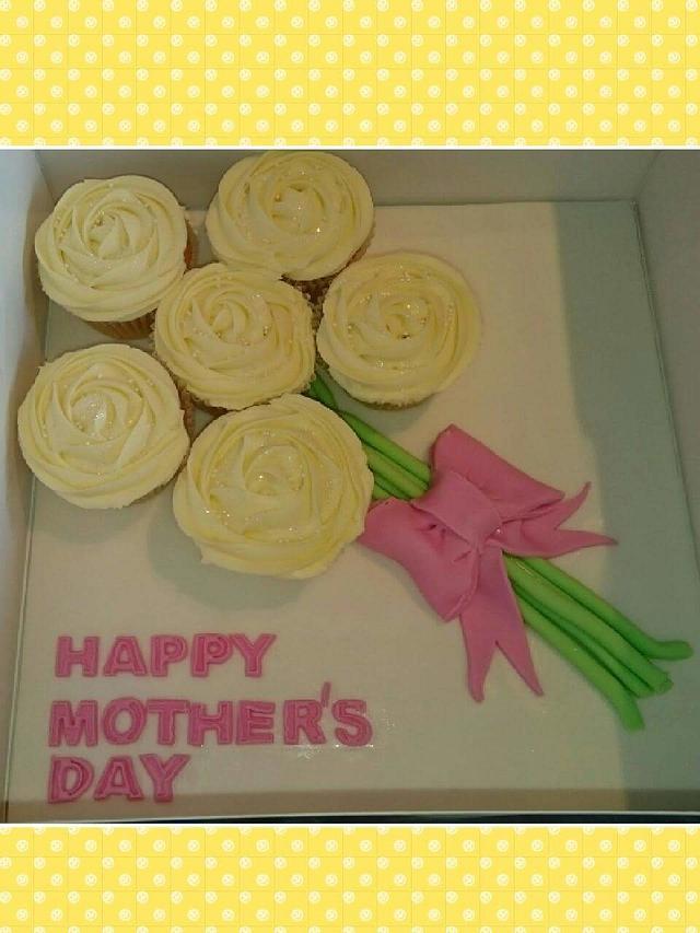 flower cake board