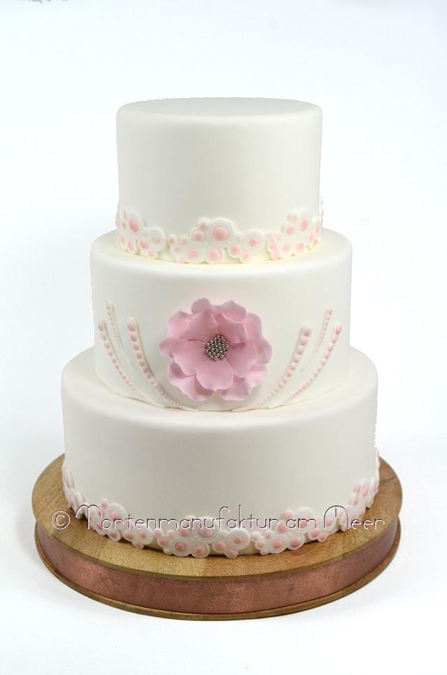 Wedding Cake in light pink