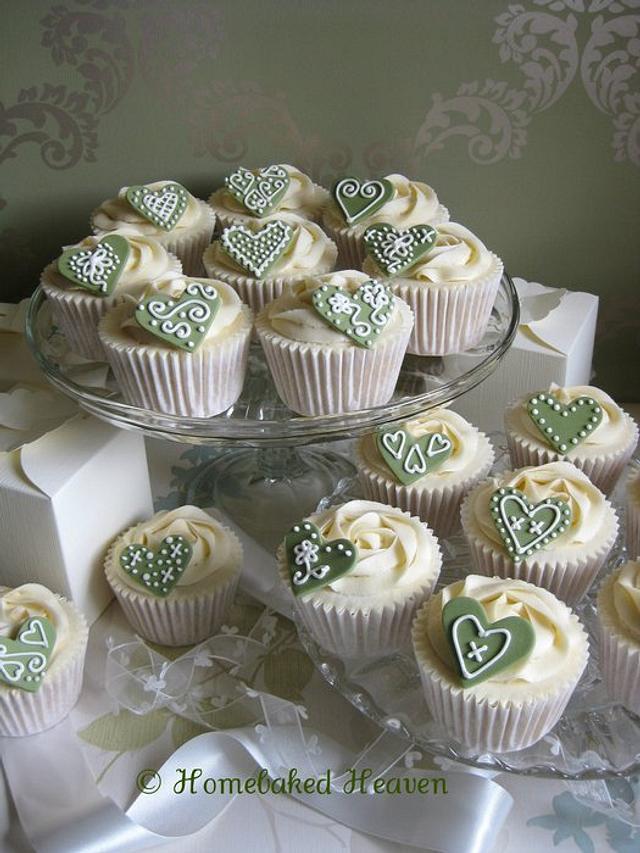 Cupcake wedding favours