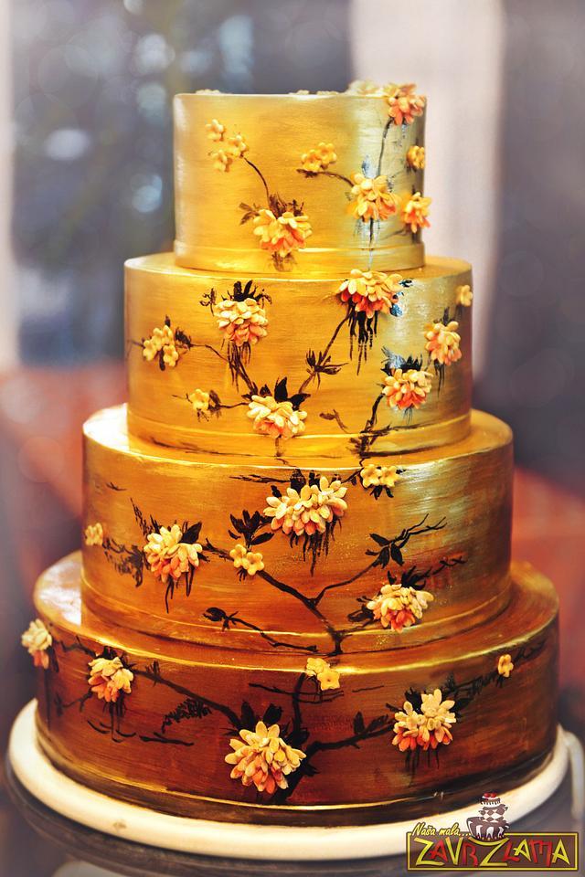 Japanese Gold Wedding Cake