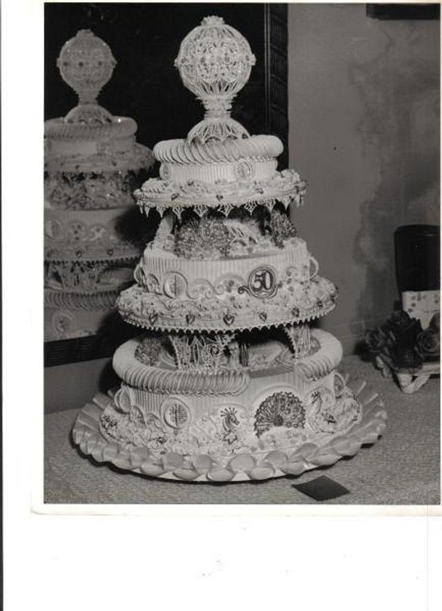 Lambeth Cake One