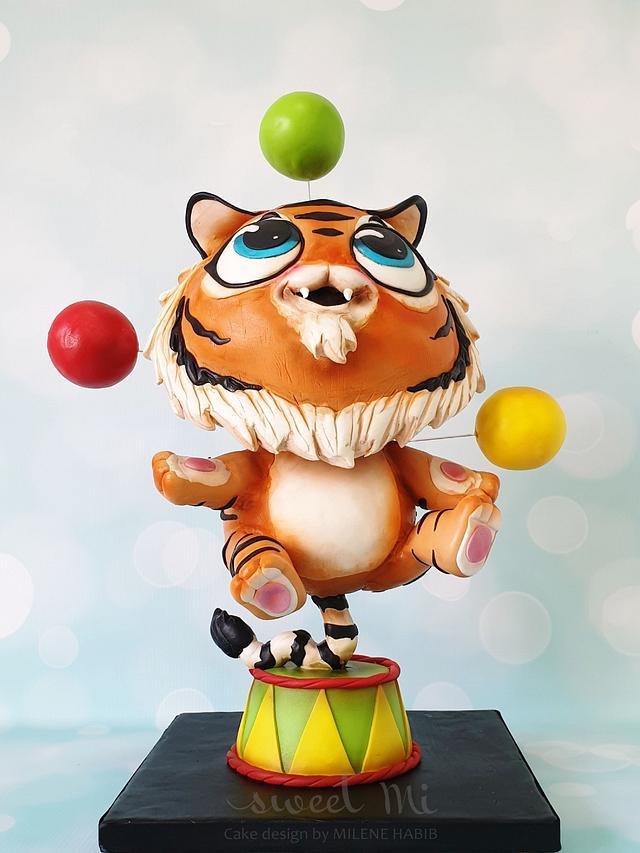 Juggling Tiger