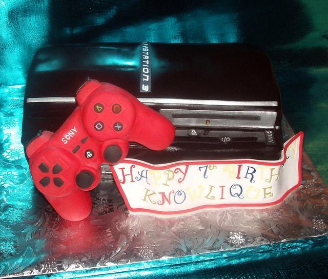 Playstation # Cake