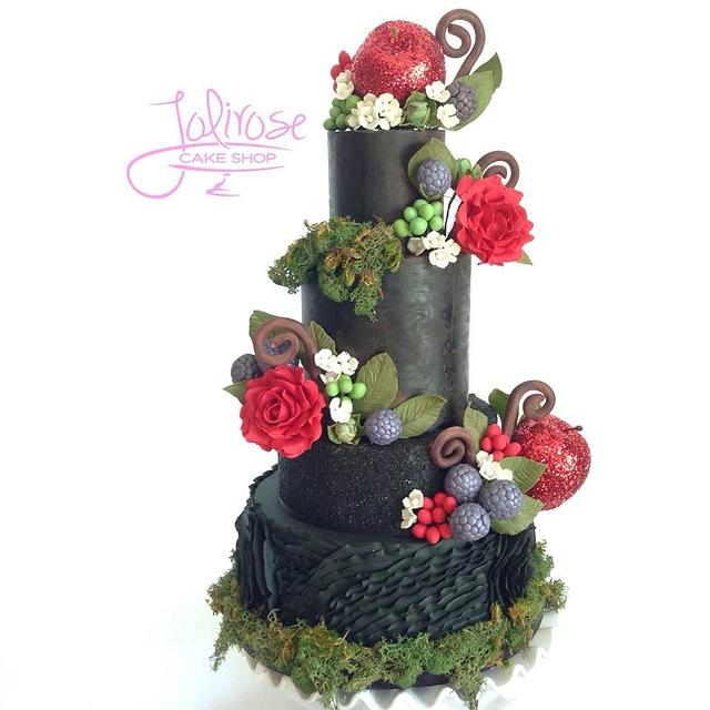 Snow White Wedding Cake