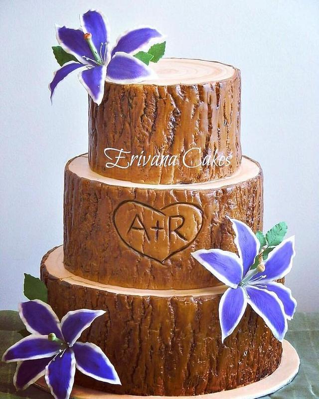 Tree Trunk / Log wedding cake