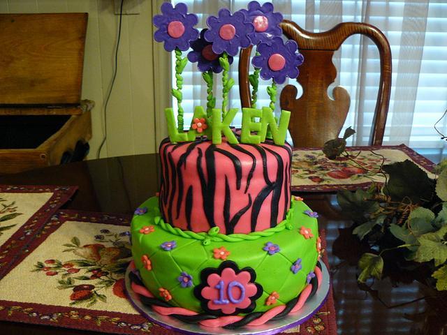 Floral Zebra print cake