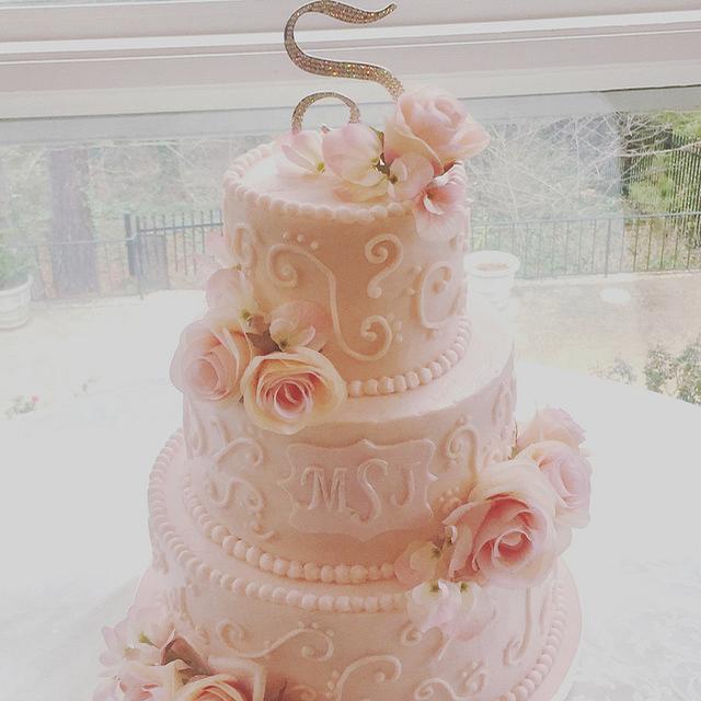 Blush Buttercream Iced Wedding Cake