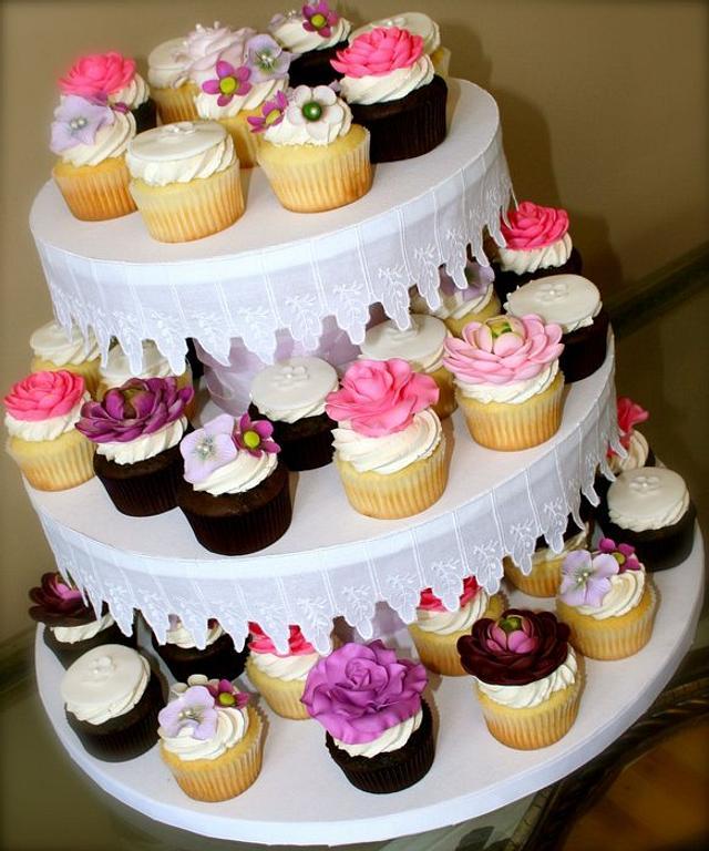 Bridal Shower Floral Cupcakes