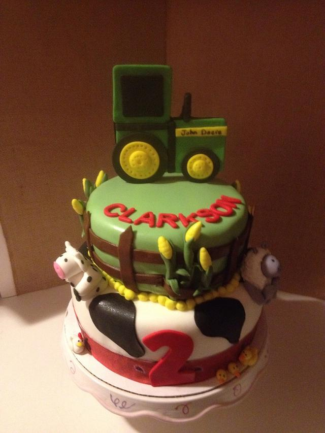 Marvelous John Deere Birthday Cake Cake By Carolyns Creative Cakesdecor Funny Birthday Cards Online Elaedamsfinfo