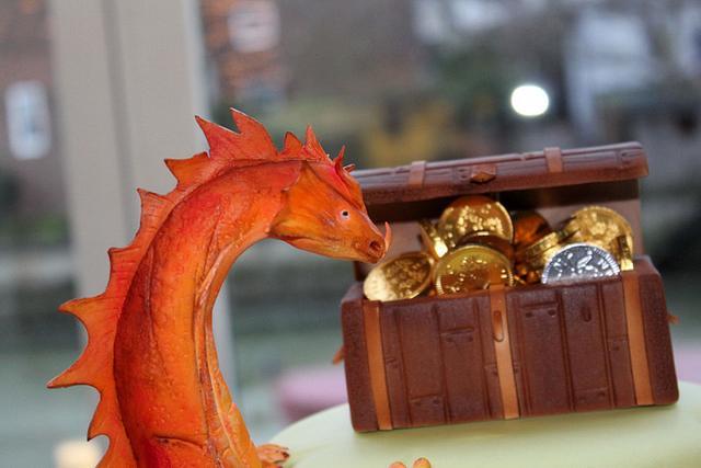 A Dragon Wedding Cake