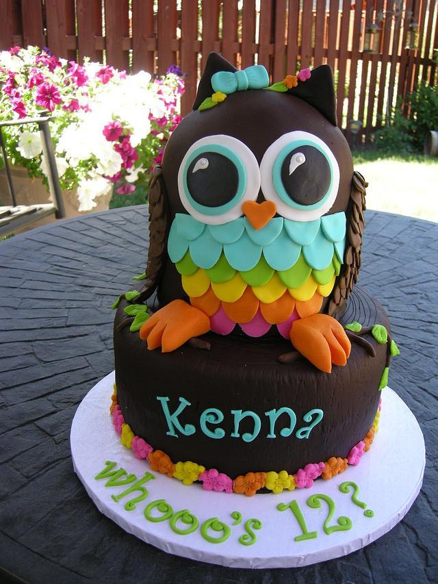 Kenna's Owl Cake
