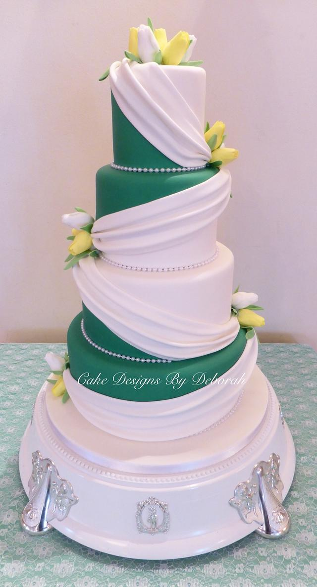 Beautiful Drape Wedding Cake