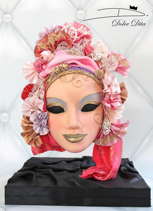 Carnival Cakers Collaboration: Gravity cake Venetian Mask