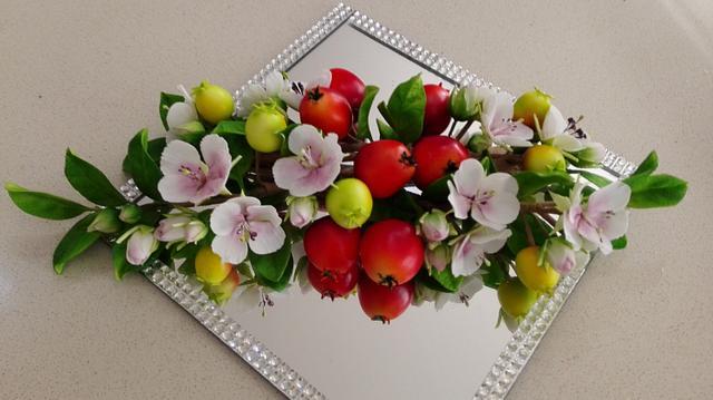 Spring is in Australia - blooming apple ...