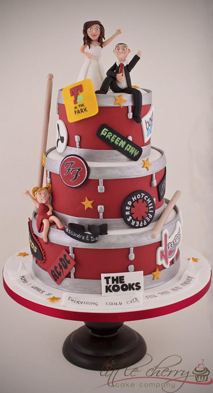 Drum and Festival Wedding Cake