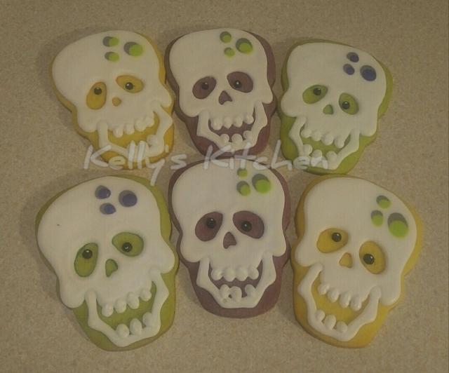 Skull sugar cookies
