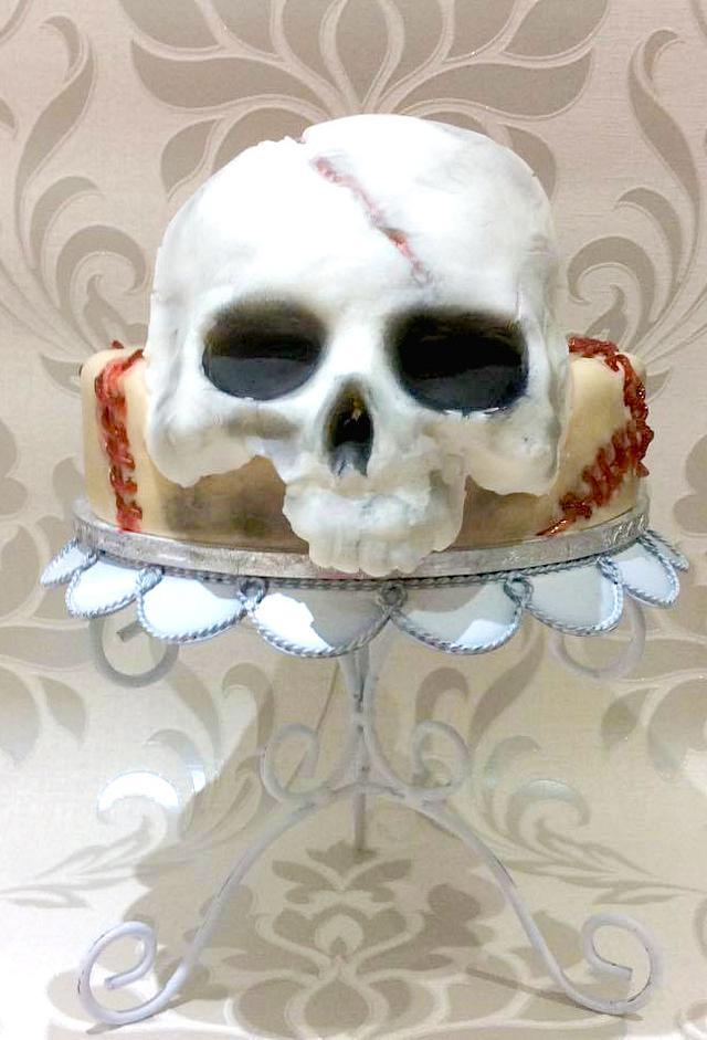 Horrific Brain & Skull Cake - Happy Halloween