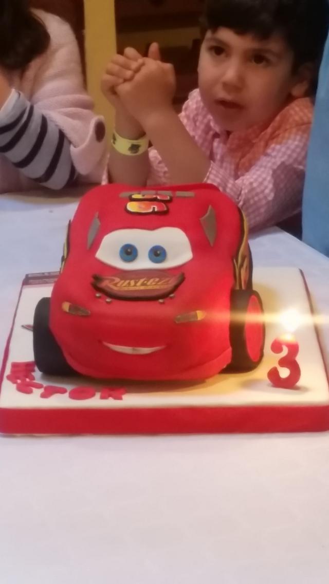 Rayo Mcqueen Cake, Cars Cake