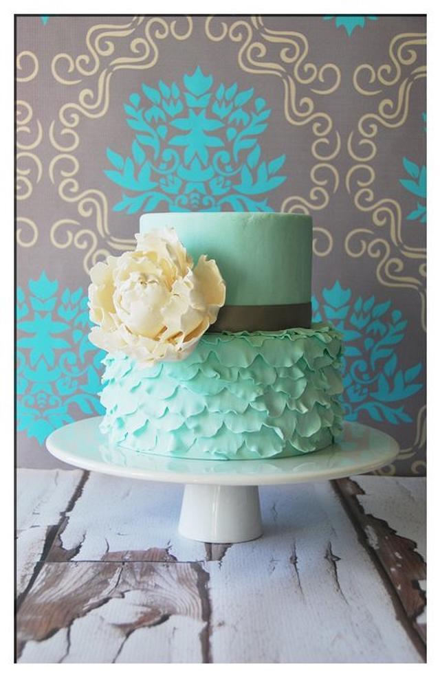 Bloom Ruffle Cake