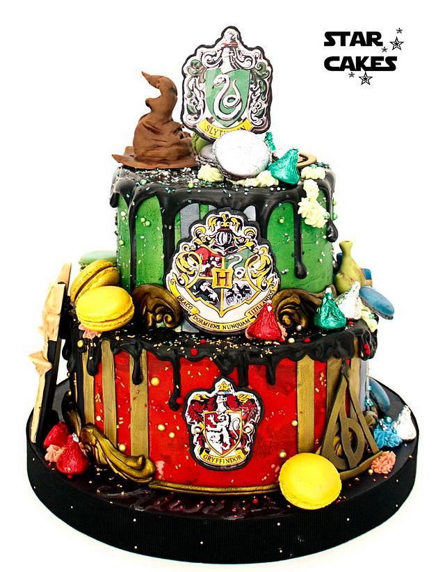 Harry Potter Hogwarts themed Drip Cake