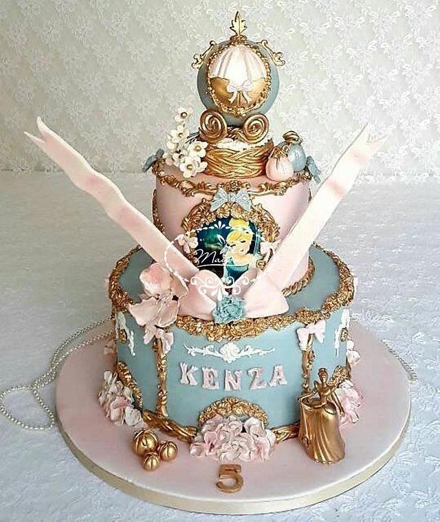 Fantastic Cinderella Birthday Cake Cake By Fees Maison Ahmadi Cakesdecor Funny Birthday Cards Online Overcheapnameinfo