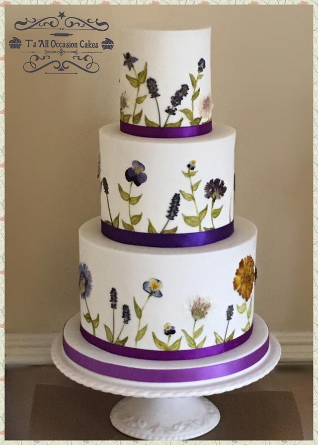 Edible pressed flowers wedding cake