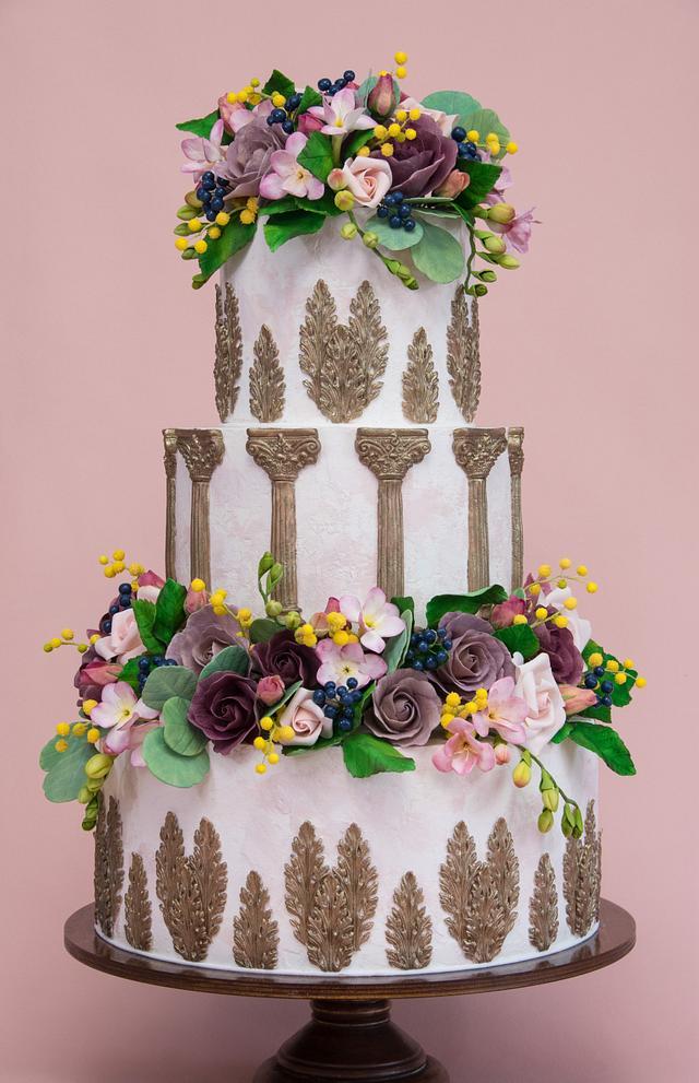 Antique Wedding Cake - cake by Laura Loukaides - CakesDecor
