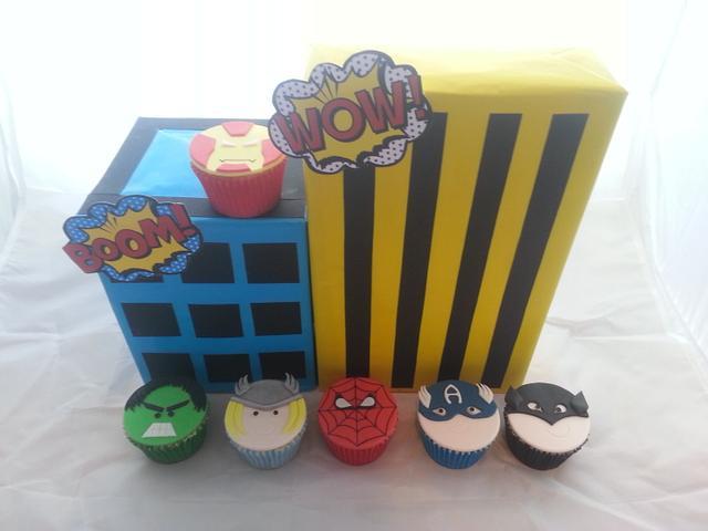 My Sons 5th Birthday Superhero cake & cupcakes
