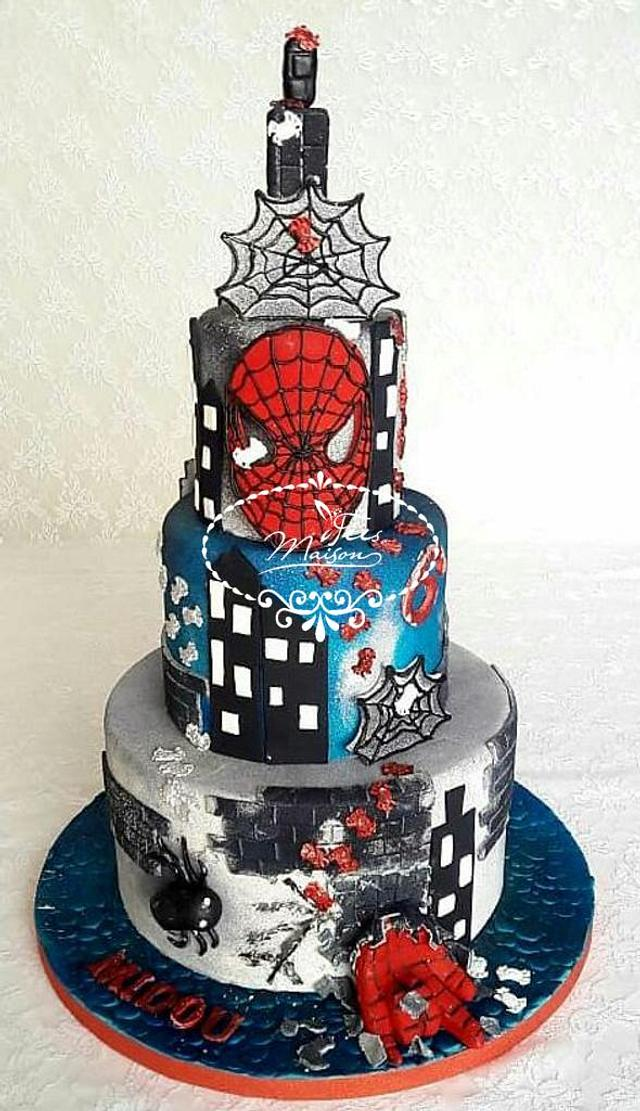 Fine Spiderman Birthday Cake Cake By Fees Maison Ahmadi Cakesdecor Personalised Birthday Cards Paralily Jamesorg