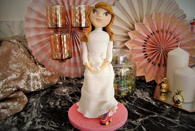 I am Luna communion cake