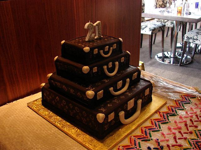 Louis Vuitton Alzer Stack Cake