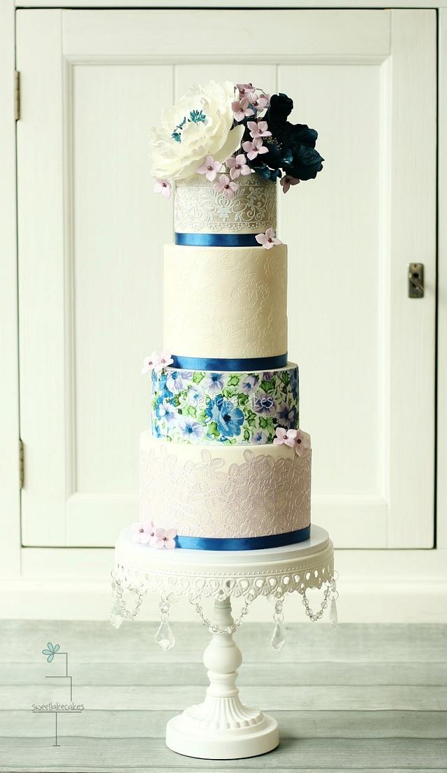 Wedding cake in lilac and blue