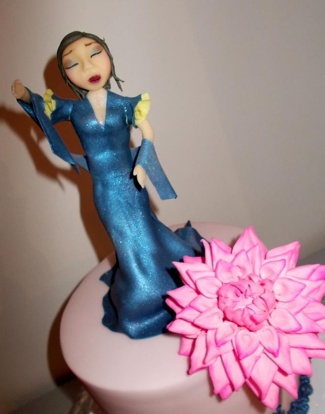 Blue dance lady