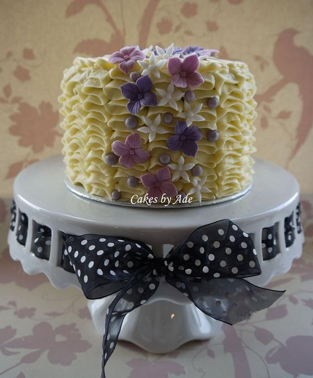 Ruffle cake - January 2012