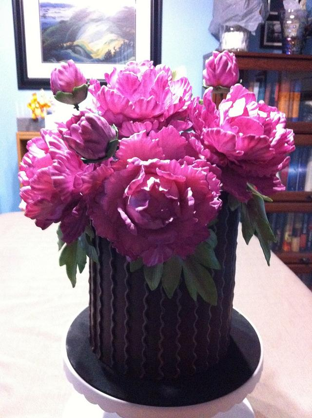 Modeling chocolate panels and gum paste peonies