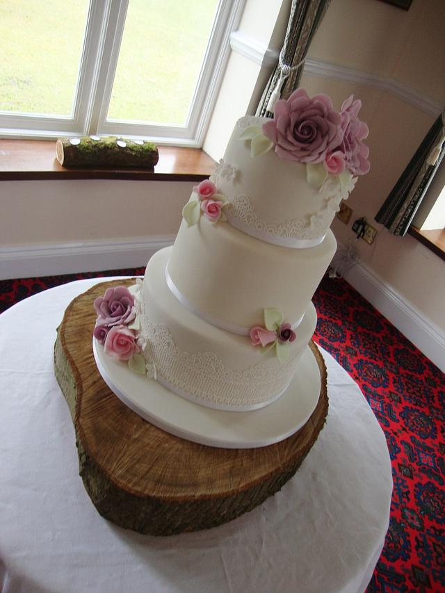 Lilac, pink and lace wedding cake