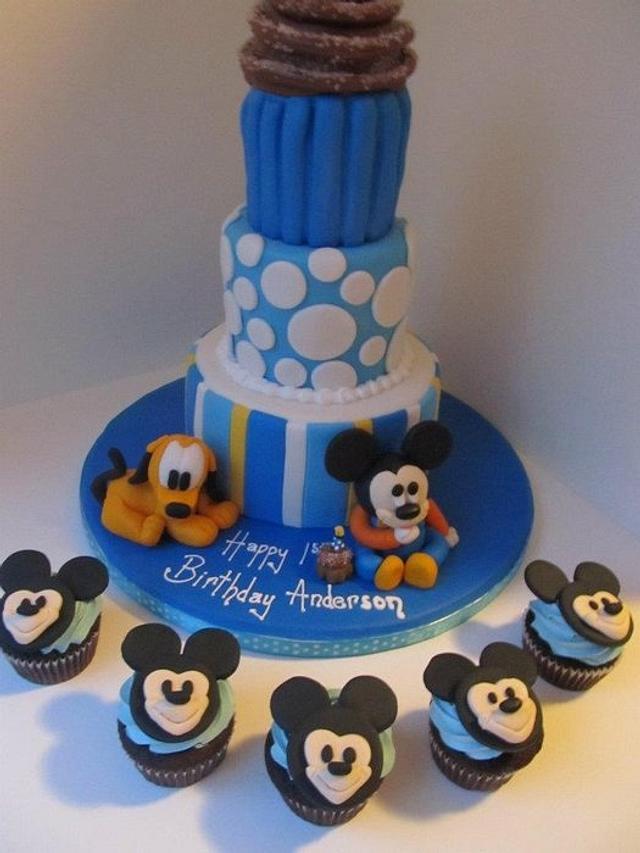 1st birthday baby Mickey Mouse & Pluto cake