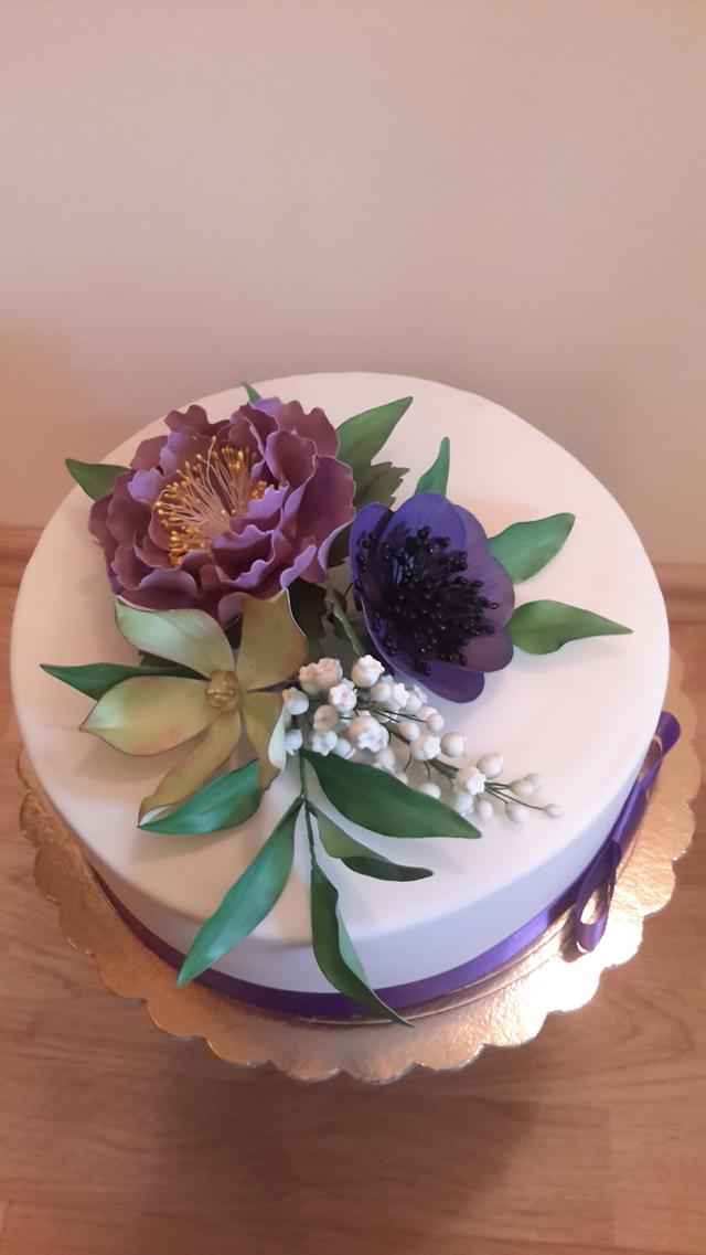 Beautiful cake for our mother's birthday