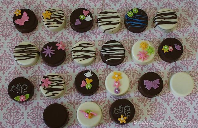 Oreos Birthday cookie