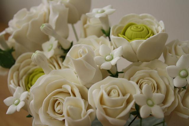 Gumpaste Flowers Wedding Cake