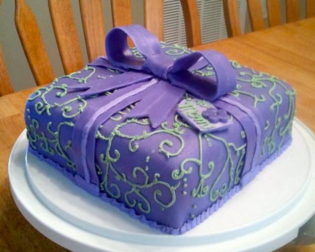 Green and Purple Present Cake