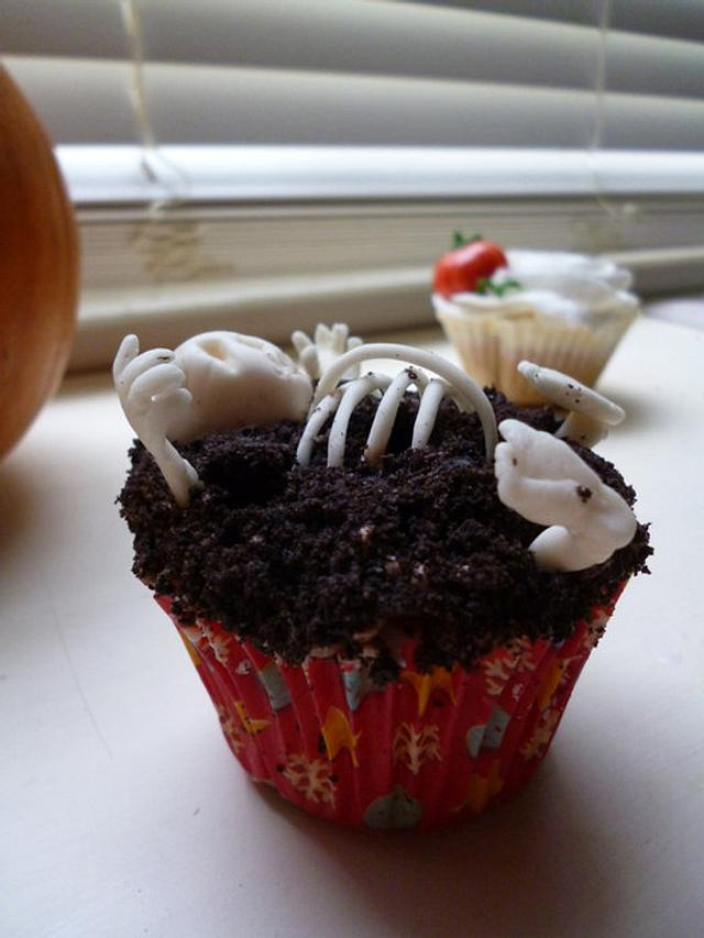 Gluten Free Creepy Skeleton Cupcakes