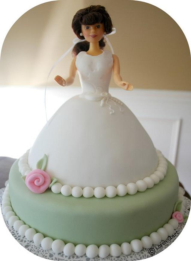 Simple Communion Doll Cake