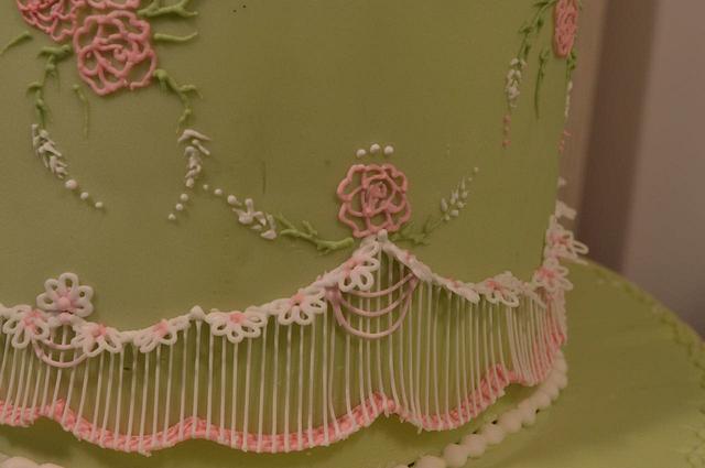 Royal icing string work