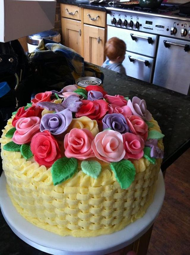 Basket Weave with basic roses