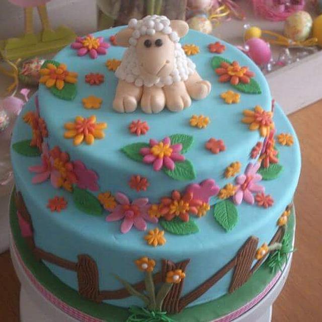 Sheep cake easter
