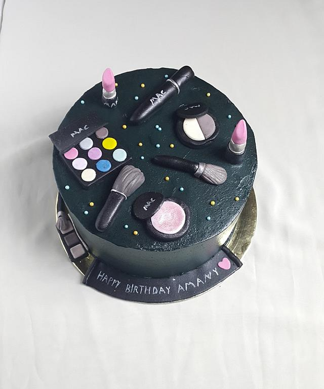 Makeup cake buttercream