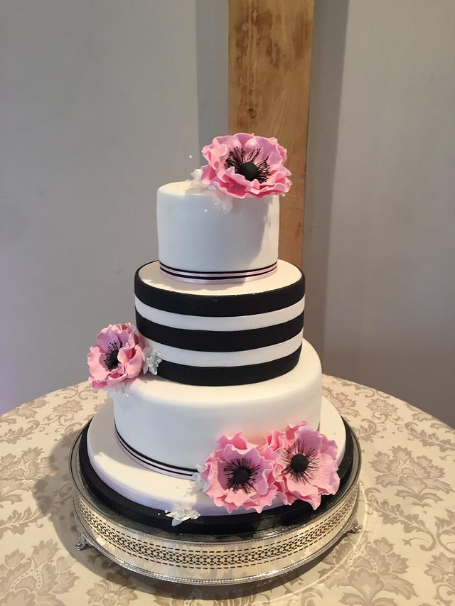 Black white striped wedding cake