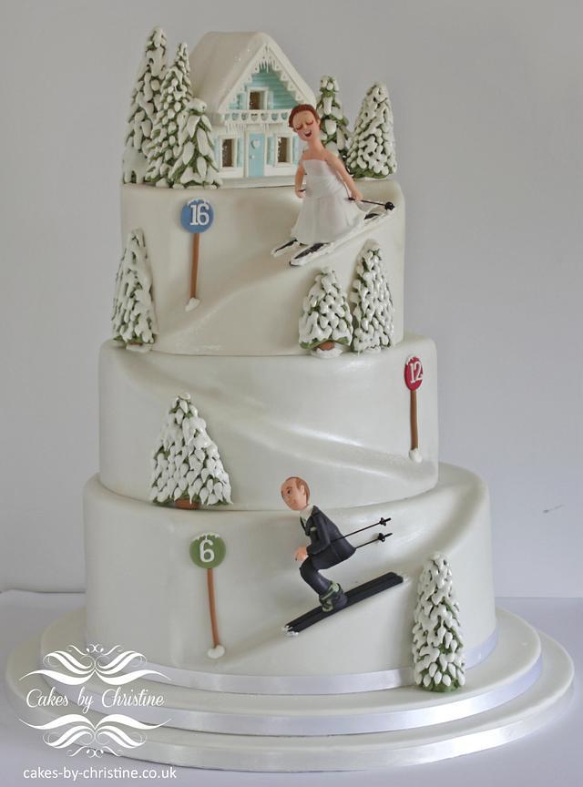 Skiing wedding cake